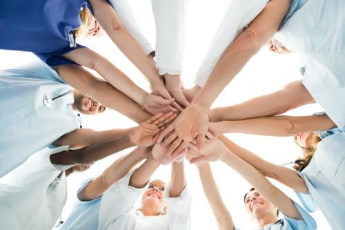 Bárkiből válhat hős! - munka, önkéntesség, mentős