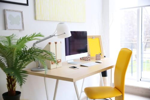 A munkavállalók 80 százaléka és a felsővezetők kétharmada is támogatja az otthoni munkavégzést – szűrhető le a Profession.hu legújabb felméréséből.