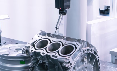 Dübörög az autóalkarész-gyártás Dorogon - munka, munkahely, gyártás