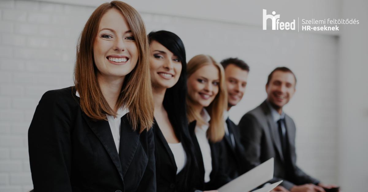 Az employer branding témaköréhez kapcsolódva állásajánlatra pályázó személyeket láthatunk a képen.
