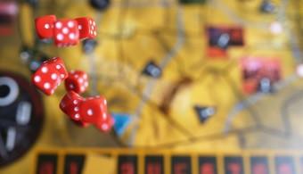 Játsszunk komolyan: kompetenciafejlesztés társasjátékkal