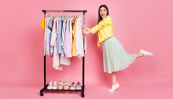Dress code a meleg napokra – így legyünk stílusosak az irodában!