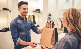 Szakmák világa: a ruházati eladó