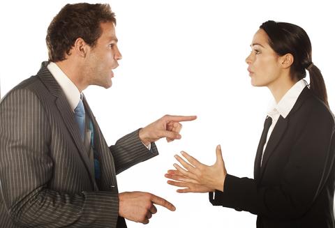 ...(49%) признались, что большинство конфликтов на работе вызвано неотлаженными бизнес-процессами и неэффективной...