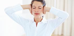 Megvéd-e a jog a munkahelyi stresszel szemben?