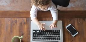 Anyukák visszatérése: mit mond a munkajogász?