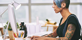 Tetoválások és testékszerek - van helyük a munkahelyen?