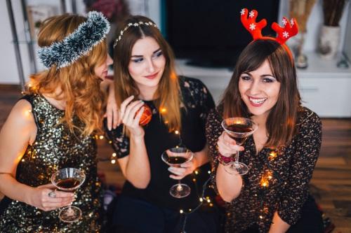 Céges karácsony: ezekre figyeljünk - munka, évzárás, kollégák