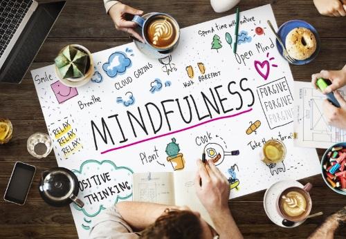 Mindfulness: így segíthet a munkahelyen