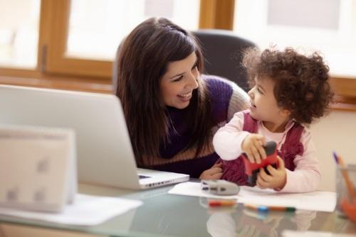 Helyi központok a nők foglalkoztatásáért - álláskeresés, munka, magánélet