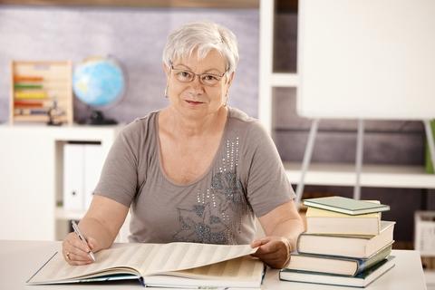 önéletrajz minta nyugdíjasnak Munka nyugdíj után   Profession.hu önéletrajz minta nyugdíjasnak