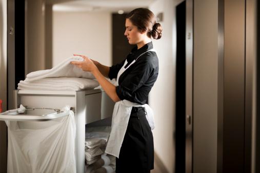 német önéletrajz minta szobalány Külföldi munka: nem tudott németül, el akarták küldeni   Profession.hu német önéletrajz minta szobalány