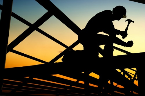 63 százalékkal több segéd- és betanított munkást kerestek